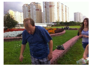 The same man doused with urine: Photo from http://vk.com/okkupay_pedofilyay, posted August 10, 2013 (blurring not in original)
