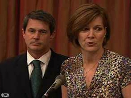 The good wife: David Vitter with Wendy in press conference, 2007