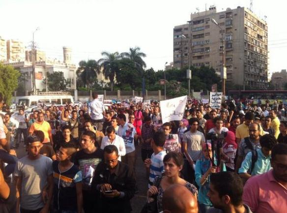 Protest march in Heliopolis, June 21, minutes before it was attacked: Photo by @KhalidAbdalla