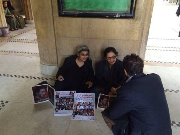 Laila Soueif (L) and Mona Seif (R) on hunger strike earlier this month, in a corridor of the Supreme Court building in Cairo