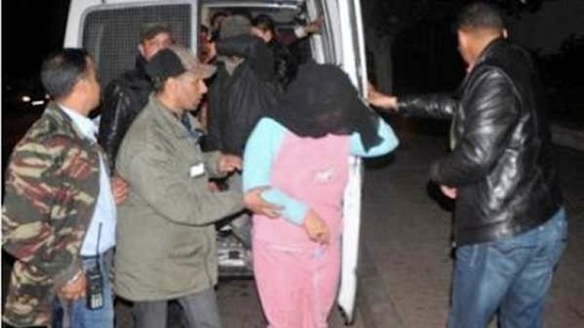 Arrest of alleged mokhanatheen in Heliopolis, Cairo, on May 4, 2014, from Akhbar El-Hawadeth