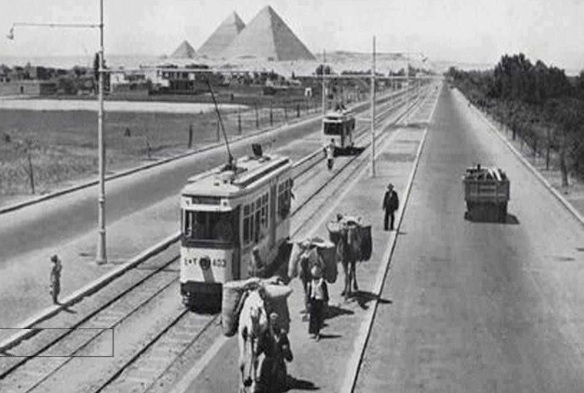 The open road; Haram Road under development, in a photo probably from the 1930s, from Fatakat.com