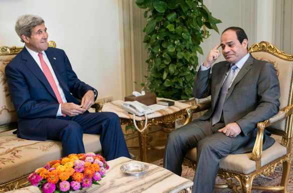 It's so funny. Sometimes I forget who I've just been torturing: Sisi meets with Kerry in Cairo, September 13, 2014. Photo: Aswat Masriya/Reuters