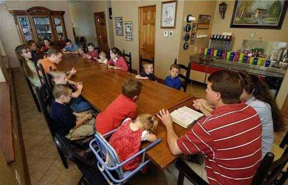 Love on the assembly line: Bible before breakfast at the Duggars' dining table