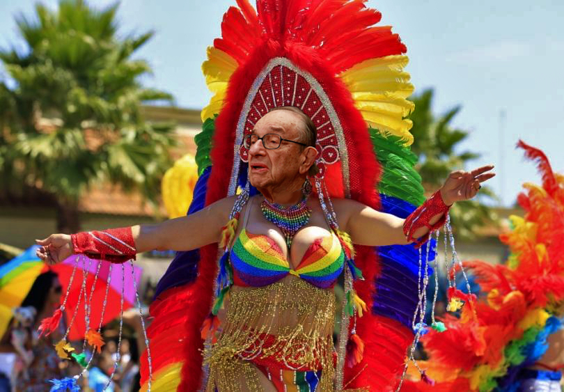 Znalezione obrazy dla zapytania parade gay usa copulate